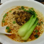 汁なし担担麺ピリリ - 汁あり坦坦麺