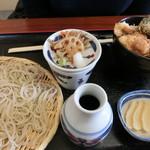 ニ八そば ひらい - 鶏天丼とお蕎麦のセット