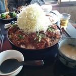 かりん亭 - ギガソースカツ丼