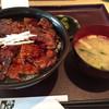 豚どん 白樺 - 料理写真:豚丼(大盛り)  864円(税別)