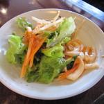 フルバリ アジアン - サラダバーで、好きなサラダを♪