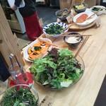野菜ビュッフェ ツナギィーナ - 小林の野菜がいっぱい