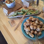 野菜ビュッフェ ツナギィーナ - さといも、ピーマンの天ぷら