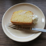 百春 - 手作り 和三盆とラム酒のパウンドケーキ1