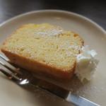 百春 - 手作り 和三盆とラム酒のパウンドケーキ2