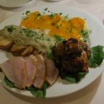 64298127 - 前菜盛合せ:白魚のアルリモーネ アオリイカと蜜柑(せとか)のカルパッチョ カポナータ、燻製メカジキとルッコラのサラダ