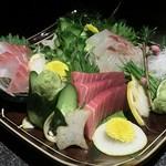 完全個室居酒屋 壱岐 - 「旬鮮魚のお造り 3点」