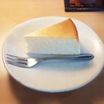 結構人 ミルクホール - チーズケーキ