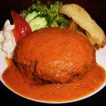 フェデリーニ - 自家製ハンバーグのトマトクリームソース。当店オリジナルのソースです。