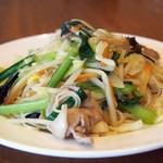 華珍園 - 料理写真:五目焼きそば