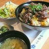 西新初喜 - 料理写真:【ランチ】黒毛和牛焼肉丼ランチセット¥1300。画像にあるサラダ・香の物・お味噌汁に加え、デザートドリンクが付きます。