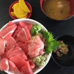 大遠会館 まぐろレストラン - 本まぐろ中トロ丼 ¥1580