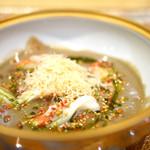 トゥ・ラ・ジョア - 鱶鰭のカニ風味