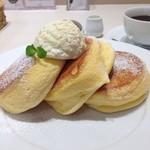 幸せのパンケーキ - 幸せの厚み