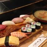 玄海寿司 本店 - 黒潮にぎり(690円)