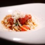TACUBO - ペコリーノとトマトのパスタ