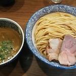 煮干しつけ麺 宮元 - 極濃煮干しつけ麺 830円+特(500g) 150円