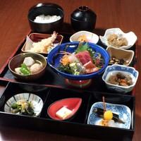 【ランチ】鮮魚を使ったランチメニュー多数!昼宴会にも!