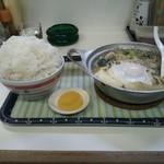中園食堂 - 肉鍋定食\500 ライス大盛\100