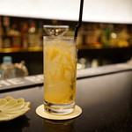 BAR 和香 - ドリンク写真:柚子のカクテル