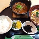 玉川 - どて煮定食(930円)