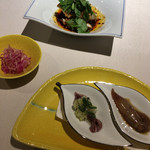 中国料理 東弦京 - よだれ鶏 紅芯大根と干し貝柱の和え物 ホタルイカ