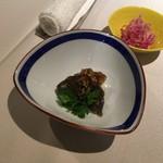 中国料理 東弦京 - 揚げピータン油淋鶏ソース