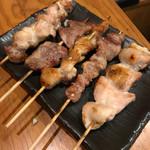 鶏炭 - 料理写真:焼き鳥盛り合わせ