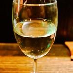 両花 - ワイングラスで出される日本酒
