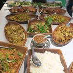 ロータスガーデン - カレー風味の鶏と野菜