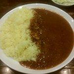 サヴォイ - ビーフカレー ご飯多め 650円