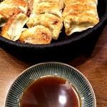 鉄なべ - 焼餃子 二人前(16個)
