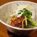 虎穴 - 佐島の蛸、蕗の薹ソース和え