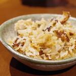 虎穴 - 牡蠣の煲仔飯