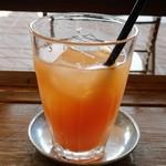 64491212 - オレンジジュース   ドリンクは+料金