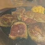 64502756 - 旨味肉と鹿肉セット