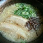 らーめん餃子 金虎 -