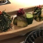 日本焼肉 はせ川 - 前菜と漬物