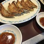 えびすラーメン - 餃子