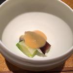 岡半 - 前菜は鳥貝とうるいの酢味噌和え