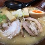 爆じゅう餃子 餃点 - 料理写真:味噌ラーメン ¥830