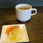 カレー工房ギャー - ピクルスとスープ