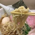 64549552 - 麺リフト                       三河屋製麺のベストセラー中細麺使用