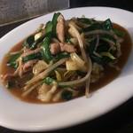 上海園 - 料理写真:・にら豚