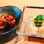 鮨 麻生 平尾山荘 - 料理写真:○煮豆&鯛の卵様