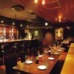 Restaurant&Bar TERU - 昼はランチで賑わい、夜はディナーで賑わい、深夜はバーで賑わう新感覚なお店♪最大25名収容!貸切もOK!雰囲気◎のオシャレな空間の使い方はアナタ次第!大人数の貸切PARTYや宴会から誕生日会や女子会、仕事帰りにもオススメです♪