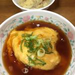 十八番 - イイ感じのあん☆★★☆半天津飯 スープも
