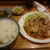 美津沢 - 料理写真:肉しょうが焼き定食 税込800円(これに味噌汁も付きますからね)