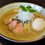 らーめんタンポポ - 料理写真:らーめんタンポポ(味玉タンポポ 900円 ※しじみ系です)