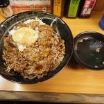 復活!カルピ丼 - カルビ丼特盛り+温泉卵(お吸い物付き)